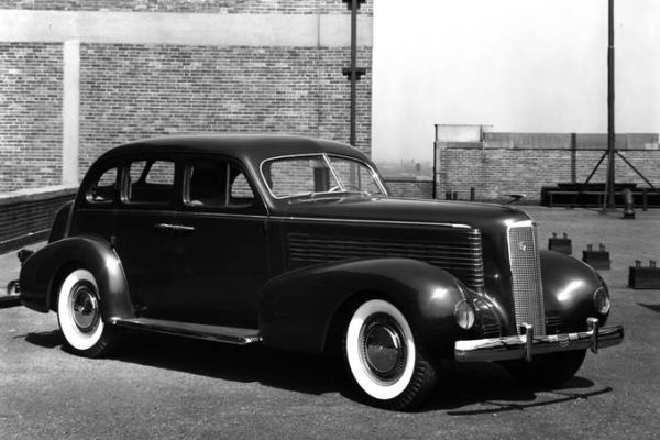 1936 LaSalle Sedan styling study