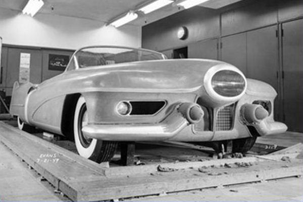 Buick LeSabre clay model