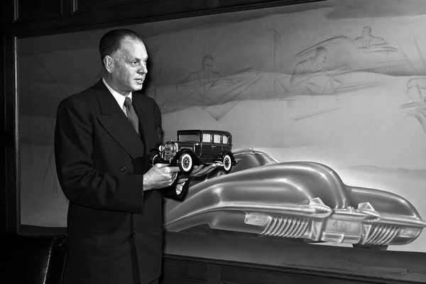 Harley Earl 11th floor office Argonaut Building 1948