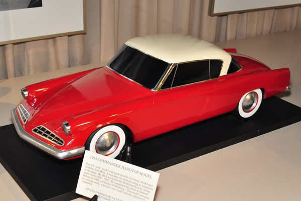 1954 Studebaker Commander hardtop scale model