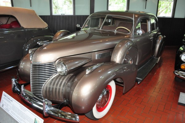 1940 Cadillac Model 62 Four-door sedan