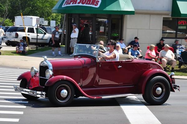 1929 Ford Model A full-fender roadster