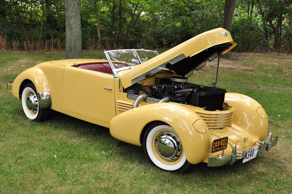 1937 Cord 812 SC Cabriolet George and Brad Waken