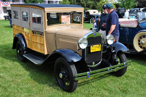 1930 Ford Model A Station Wagon Rita and Terry Ernest