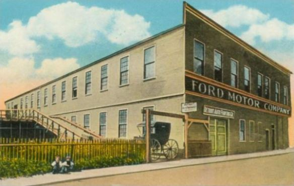 Ford Mack Ave. postcard