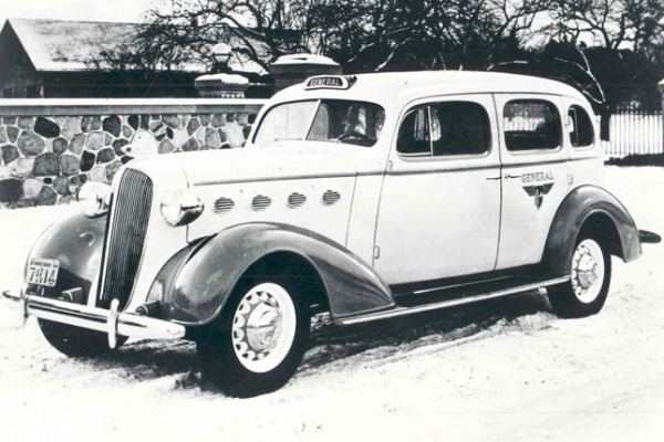 1936 Chevrolet General Taxi