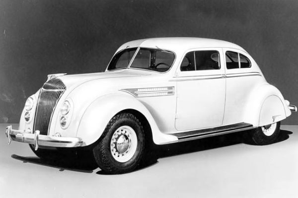 1936 Chrysler Airflow C9 Coupe