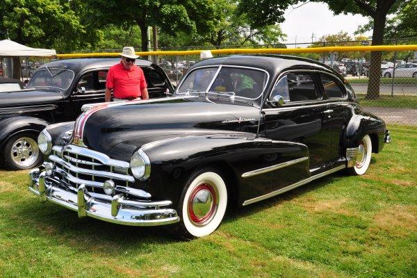 1948 Pontiac Silver Streak Sedan