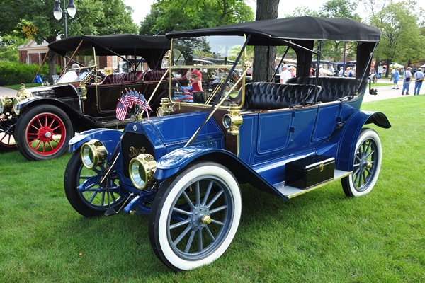 1912 Buick Bob and Pam Brown