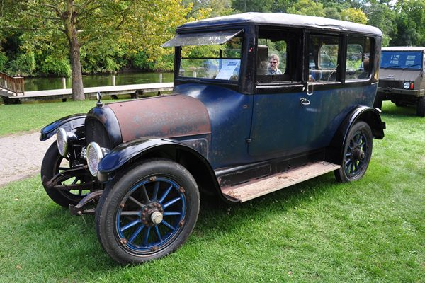 1917 Willys-Knight 88-4 Touring Sedan Grag Gumtow