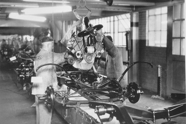 1932 Ford assembly line engine installed in chassis