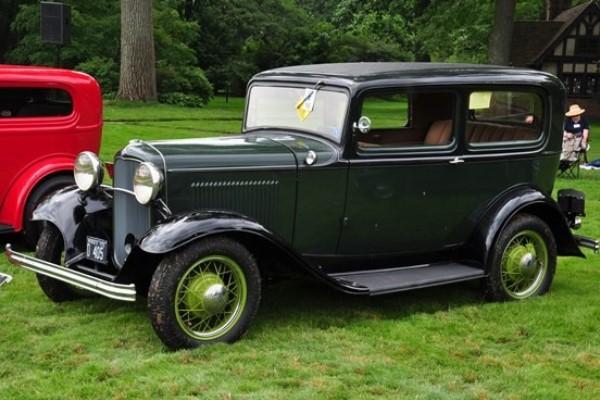 Louis and Pamela Ironside 1932 Ford B-55 Tudor Sedan