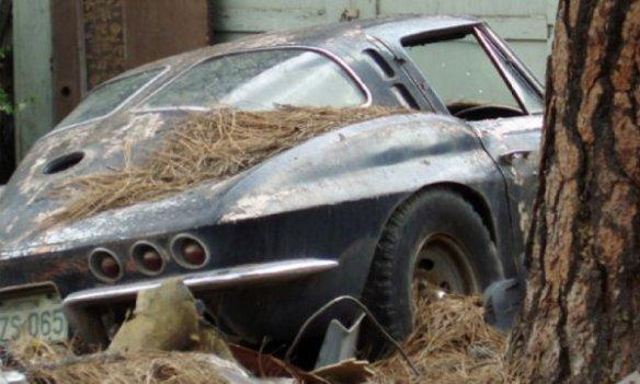1963 Corvette abandoned