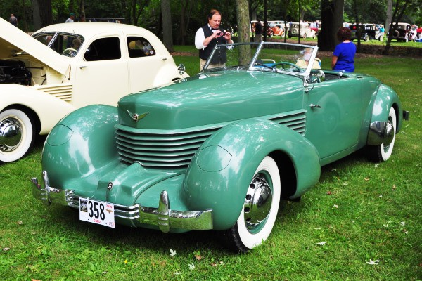 1936 Cord 810 Cabriolet Richard Fass
