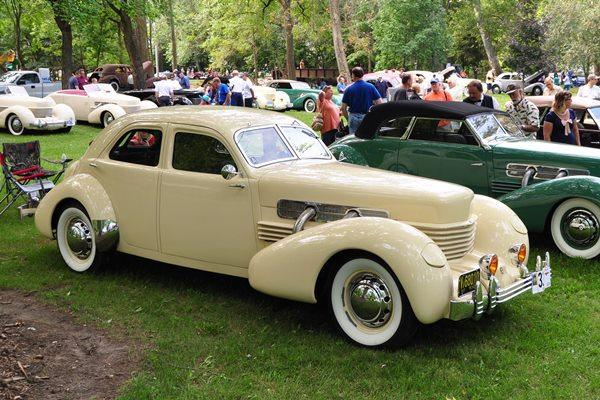 1937 Cord 812 SC Beverly Joseph L. Dreist