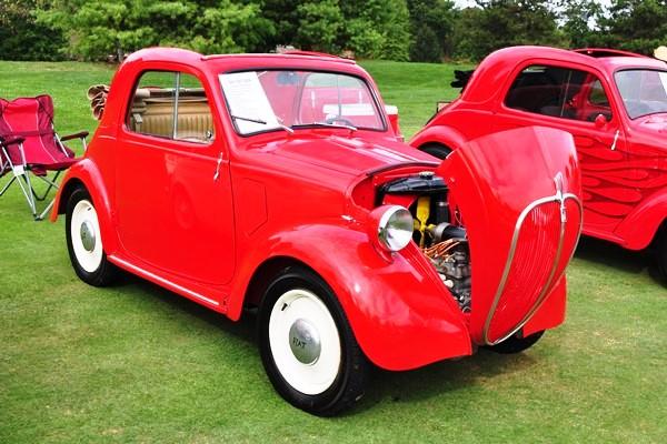 1947 Fiat 500A Topolino Tom & Carol Schlitz