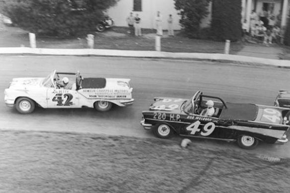 Lee Petty 42 1957 Oldsmobile Bob Welborn 49 1957 Chevrolet Bowman-Gray Stadium