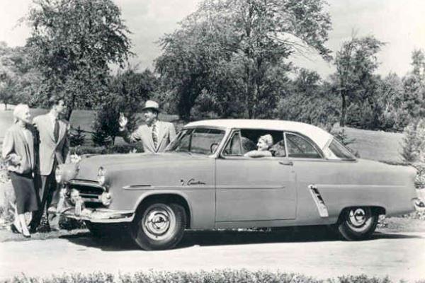 1952 Ford Crestiline Victoria hardtop