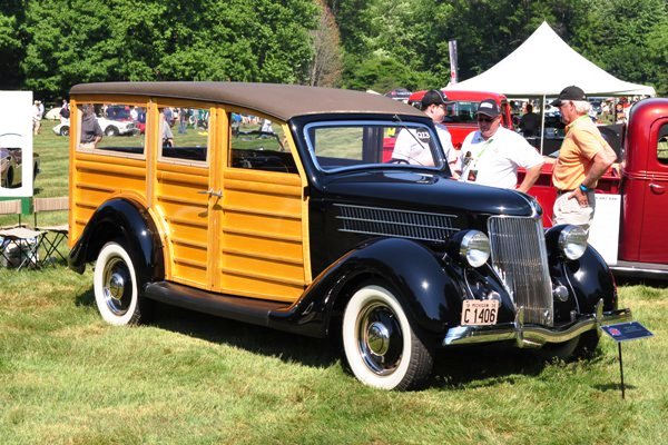 1936 Ford Deluxe Station Wagon Rick King & Sue Markus