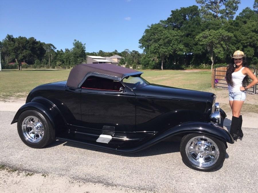 1932 Ford Roadster Zipper Custom Macs Movie Cars