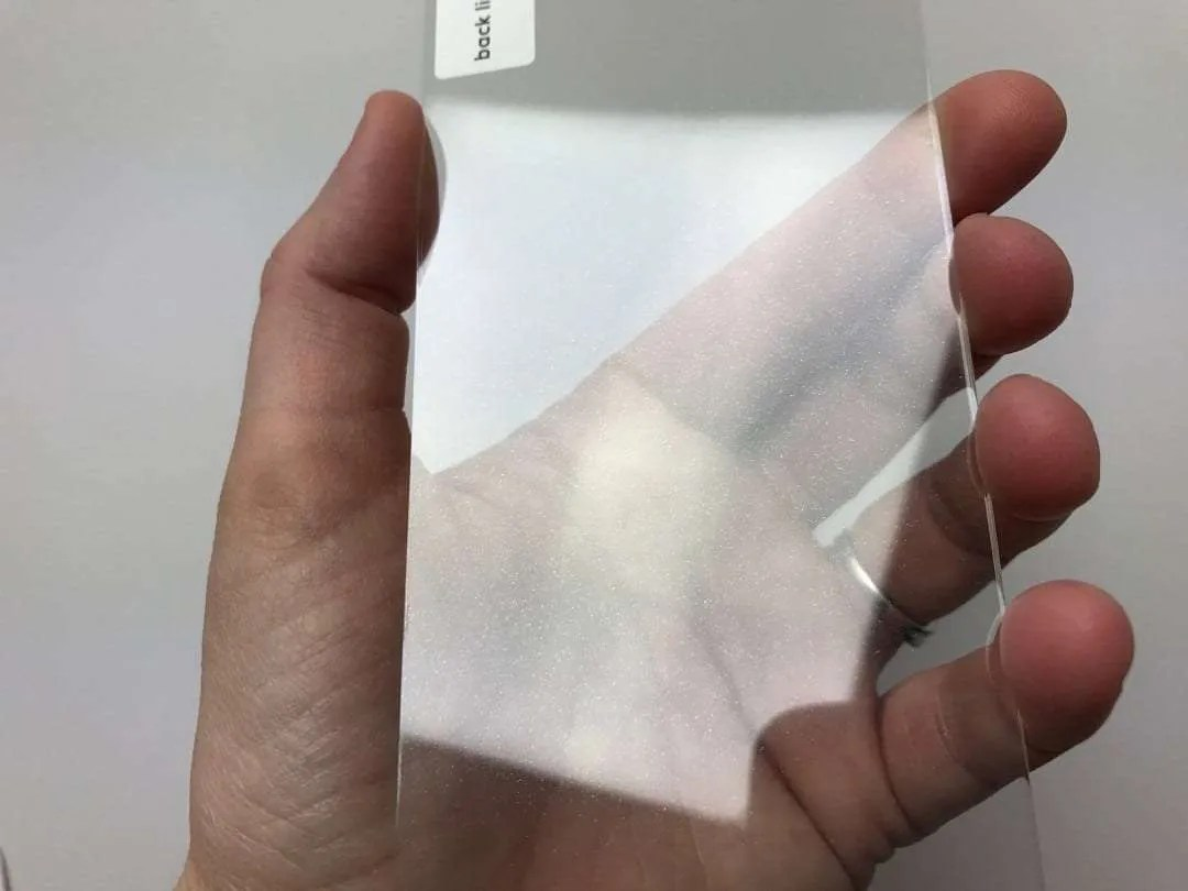Moxyo Showtime Glitter Glass Screen Protector