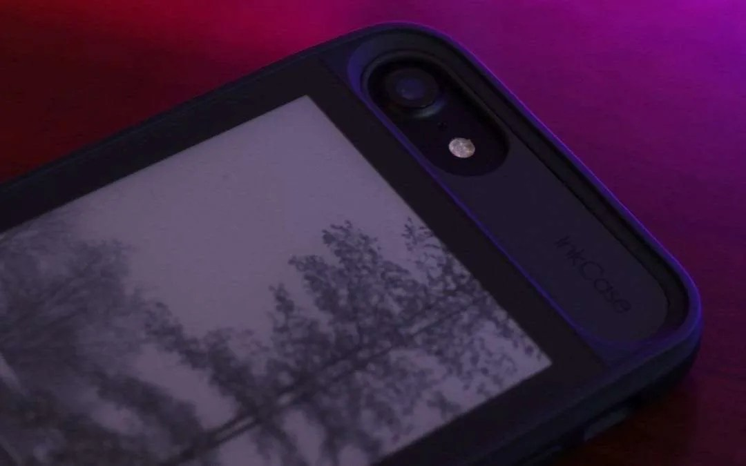 InkCase i7 REVIEW E-Ink Second Screen Case for iPhone 7