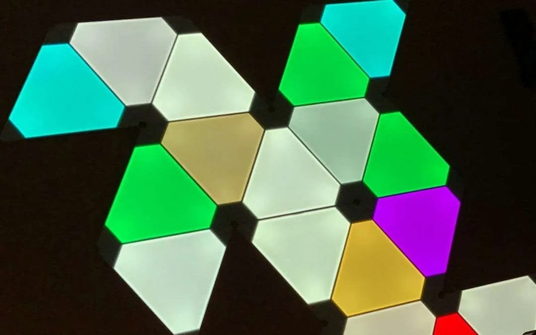 NanoLeaf Aurora Smart Lighting REVIEW The most innovating thing to come to lighting tech
