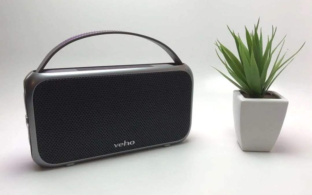 VEHO M7 Mode Retro Water Resistant Speaker REVIEW Classy style in a functional case