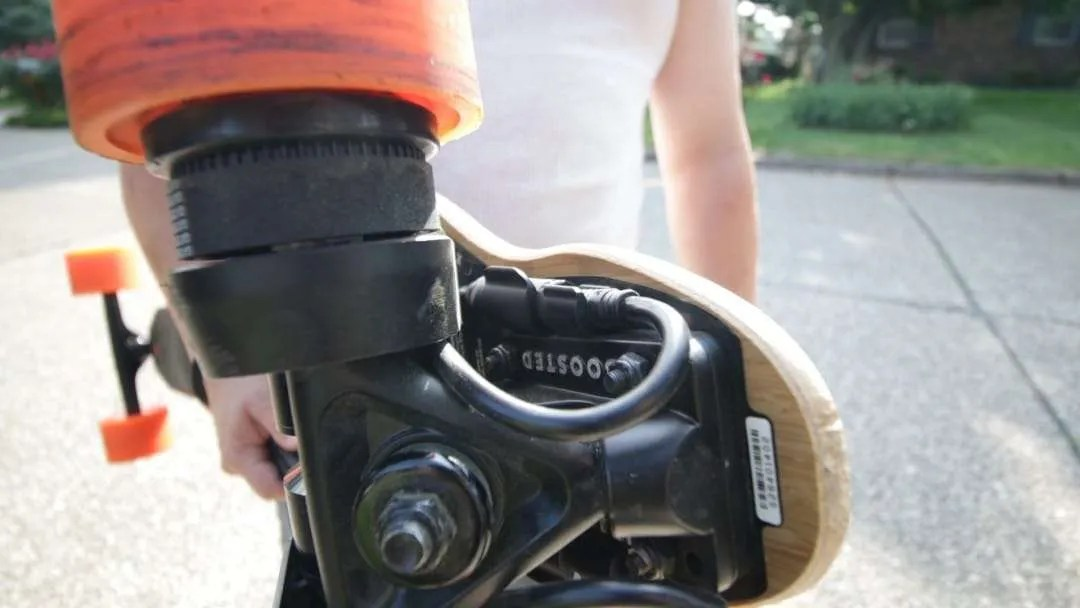 Boosted Board 2nd Gen Hands On REVIEW