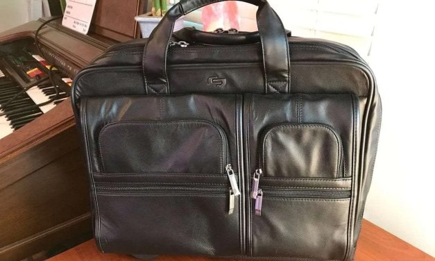 SOLO Classic Leather Rolling Case REVIEW