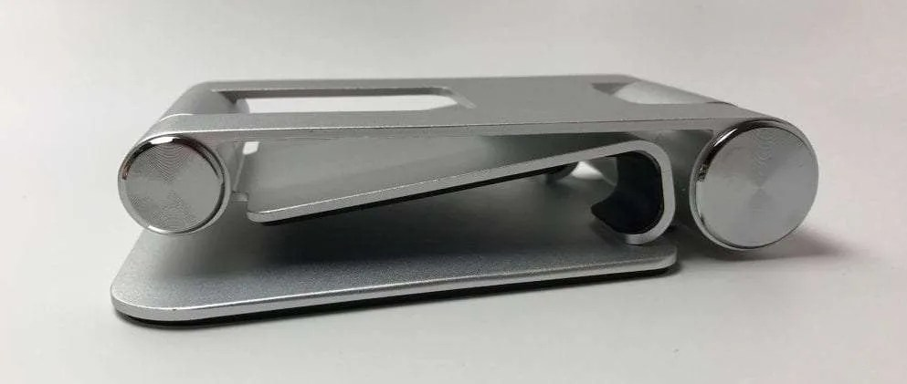 Satechi R1 Aluminum Hinge Holder Foldable Stand REVIEW