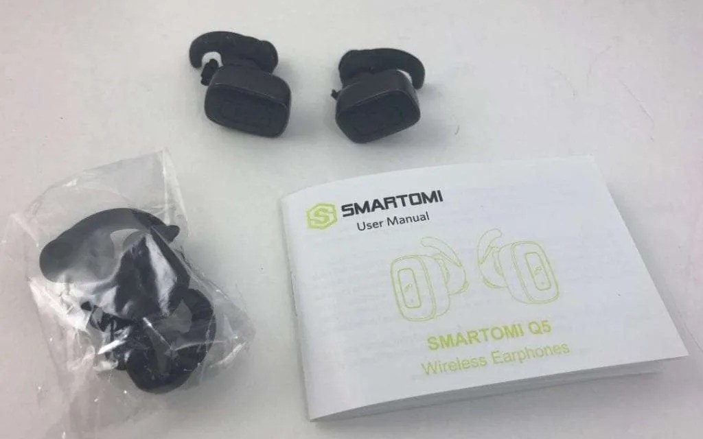 SMARTOMI Q5 REVIEW Lightweight and Affordable Wireless Bluetooth Earbuds