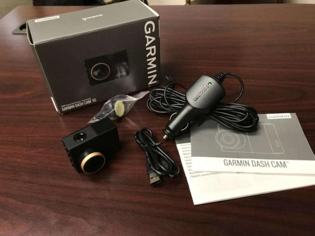 RECENSIONE Garmin Dash Cam 55