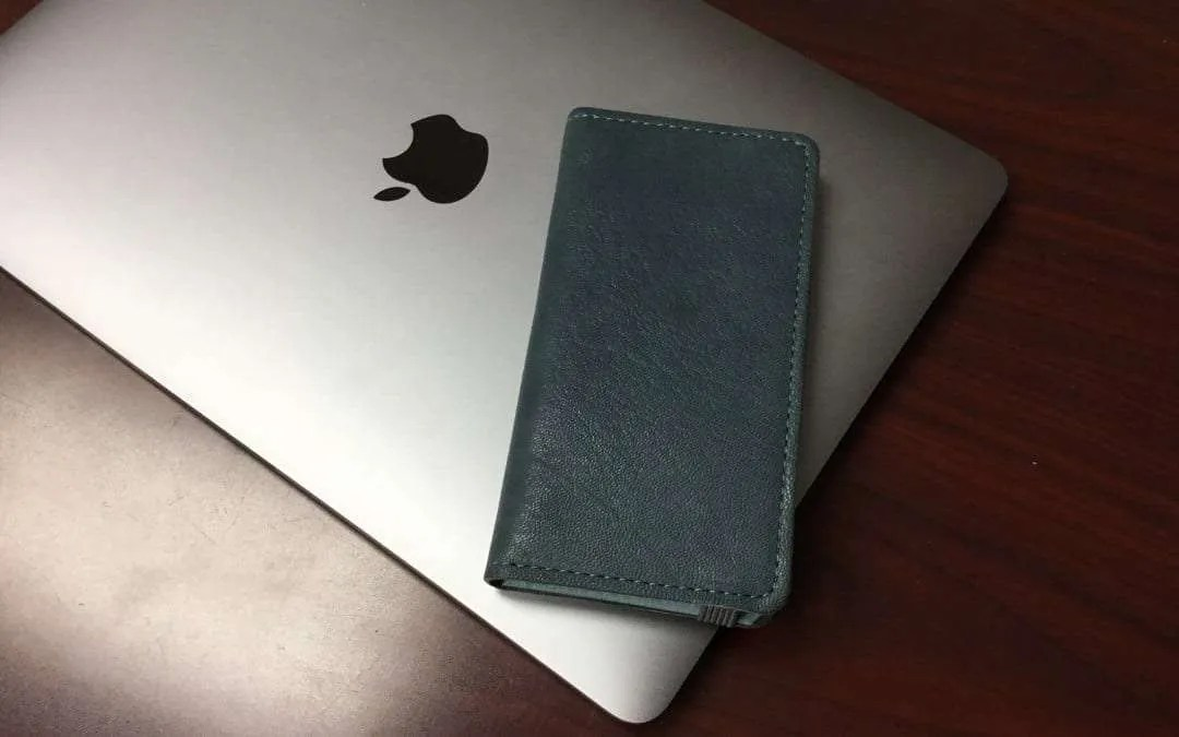 Lorna iPhone 8 Wallet Case from DODOcase REVIEW