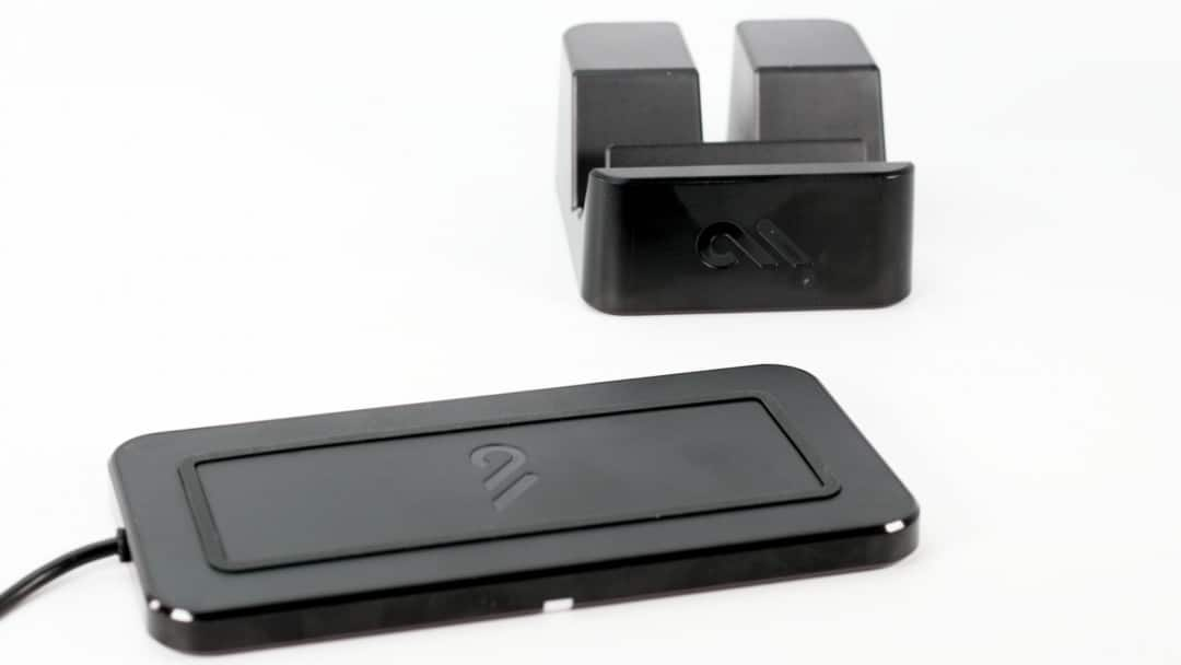 Case-Mate Wireless POWER PAD Charger Stand REVIEW