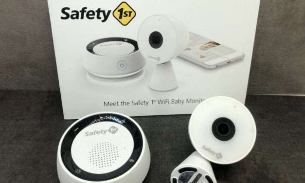 Safety 1st HD WiFI Baby Monitor REVIEW Sleep Peacefully with baby in the corner.