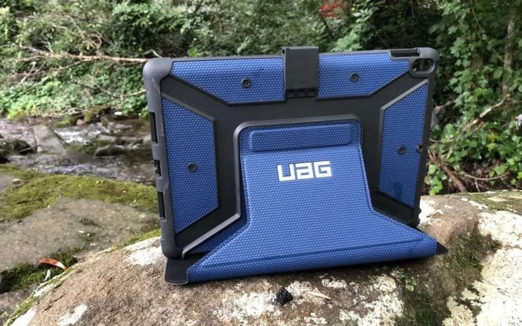 UAG Metropolis iPad 10.5-inch Case  REVIEW fashionable and functional iPad Case