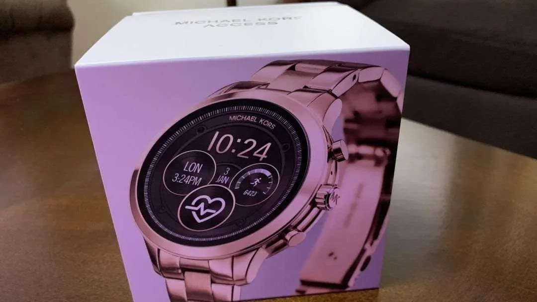 5c4ddaad1809 Michael Kors Access Smartwatch REVIEW