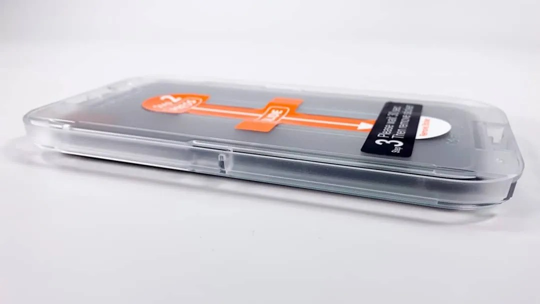Spigen GLAS.tR EZ Fit Screen Protector REVIEW