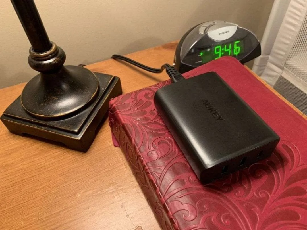 AUKEY PA-Y12 USB-C Desktop Charger REVIEW