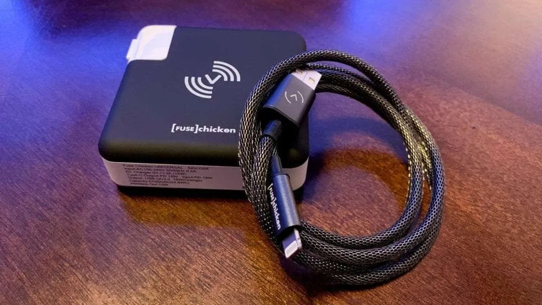 FUSE Chicken Universal All in One Travel Charger and Shield Stainless Steel Chainmail Lightning Cable REVIEW
