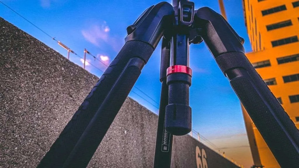 Manfrotto 190X Aluminum Tripod with 500 Fluid Video Head REVIEW