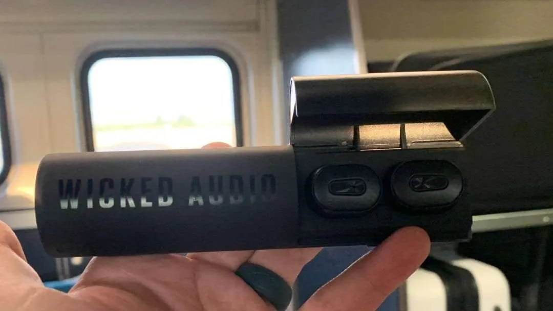 Wicked Arq Wireless Earbuds REVIEW Quality Sound Comfortable Fit and Affordable