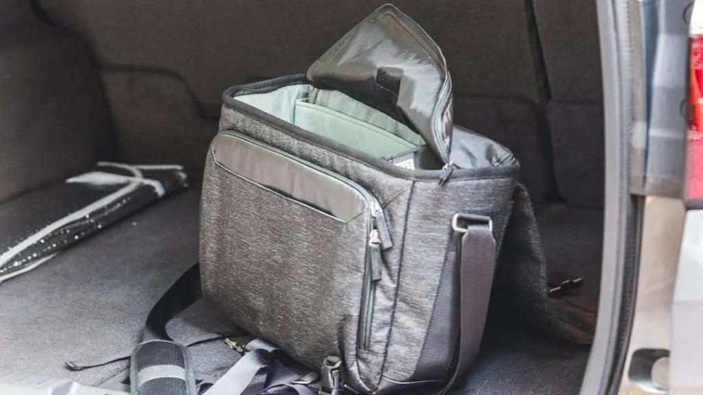 Think Tank Photo Vision 15 Shoulder Bag REVIEW