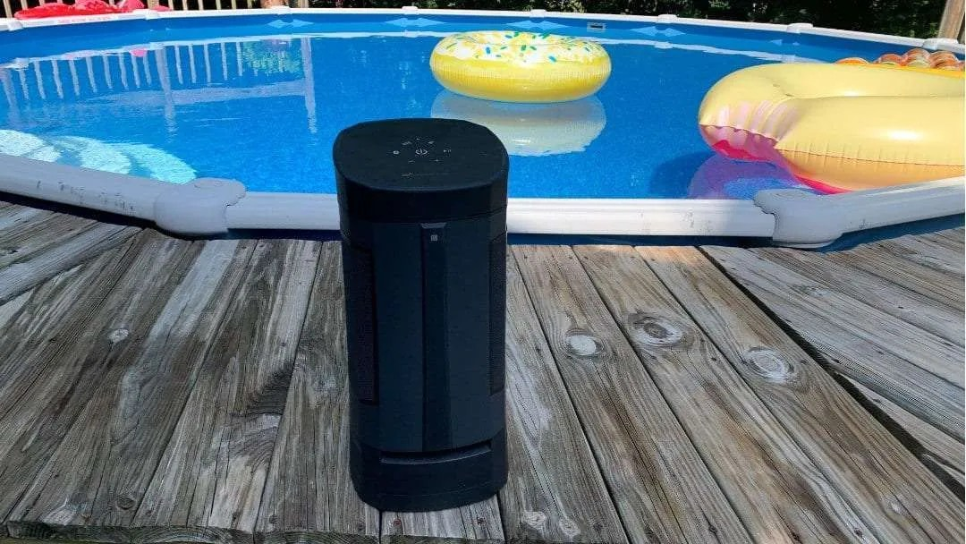 Soundcast Vg5 Portable Outdoor Full Range Bluetooth Speaker Review Macsources