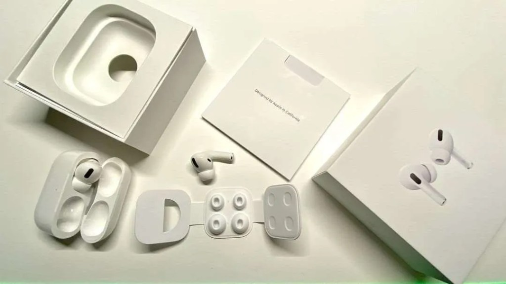 AirPods Pro First Impressions and REVIEW