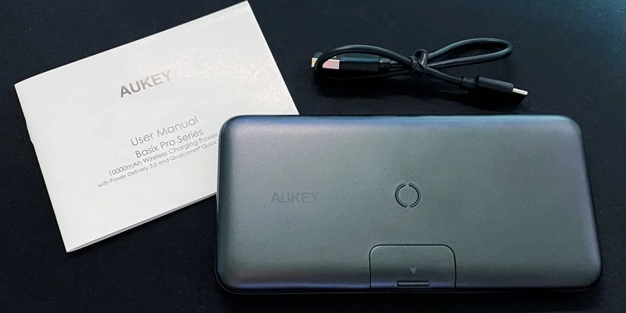 AUKEY Basix Pro 10000mAh Wireless Charging Power Bank with Stand REVIEW