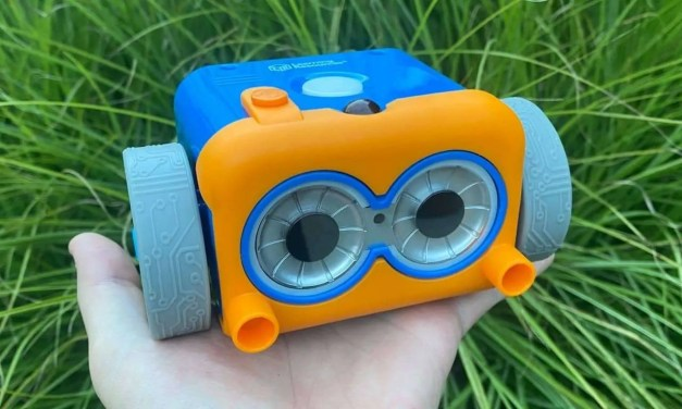 Botley 2.0 Coding Robot Review: Screen-Free Coding