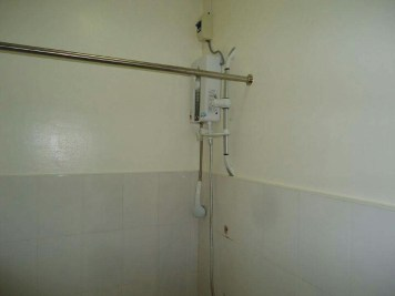 mactan_house_285_water_heater