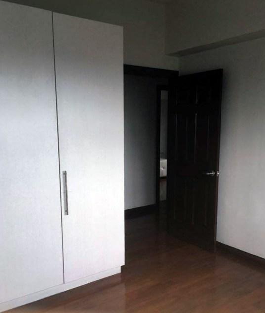 cebu-avalon-condo-293-wardrobe